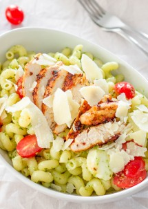 chicken-pesto-caprese-pasta-1-2
