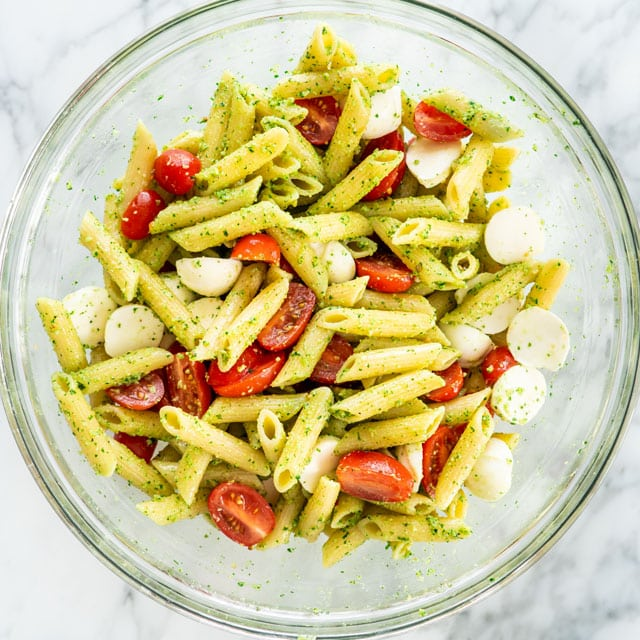 Chicken Pesto Caprese Pasta in a bowl