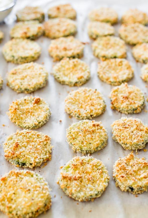 baked-parmesan-zucchini-crisps-1-4