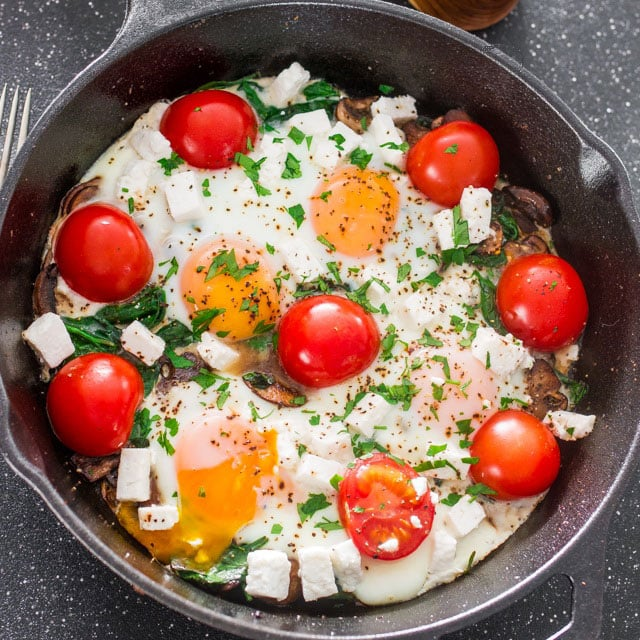 mushroom-spinach-goat-cheese-baked-eggs