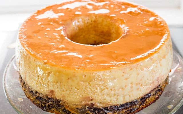 Magic Flan Cake - a delicious cake with a chocolate cake and flan cake layer.