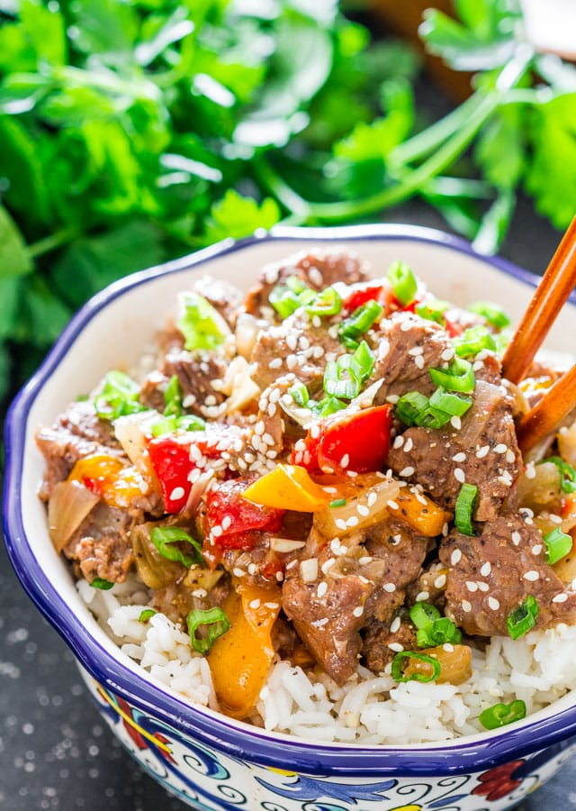 Slow Cooker Beef and Bell Peppers