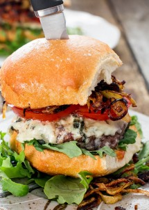 blue-cheese-and-fried-onion-burgers-3