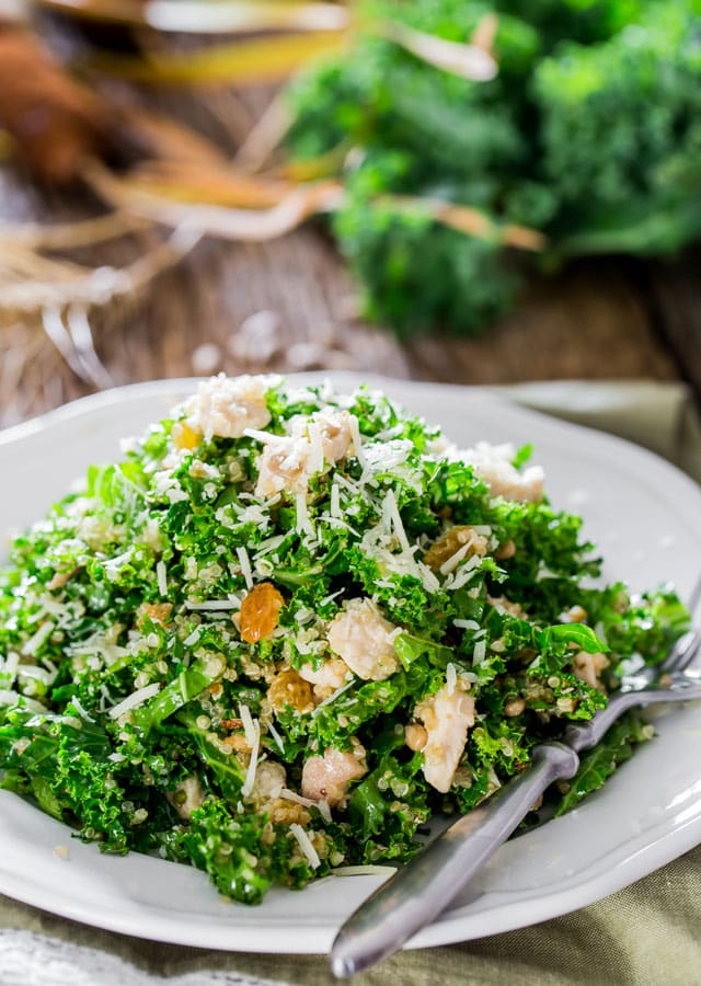 Kale and Quinoa Salad with Lemon Vinaigrette - words cannot describe how good this salad is. This bright and fresh kale salad is a great way to start loving kale.