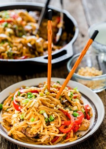 Spicy Thai Chicken and Veggie Noodles