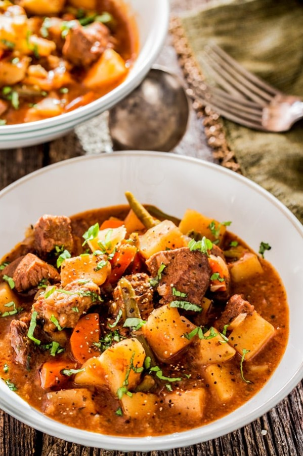 a bowl of crockpot beef stew