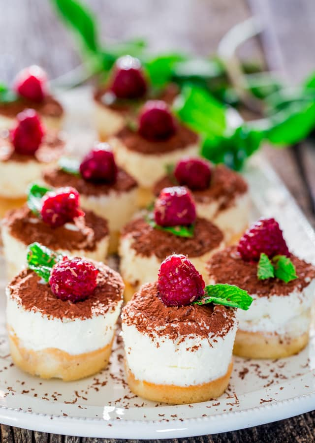 Mini Tiramisu Cheesecakes