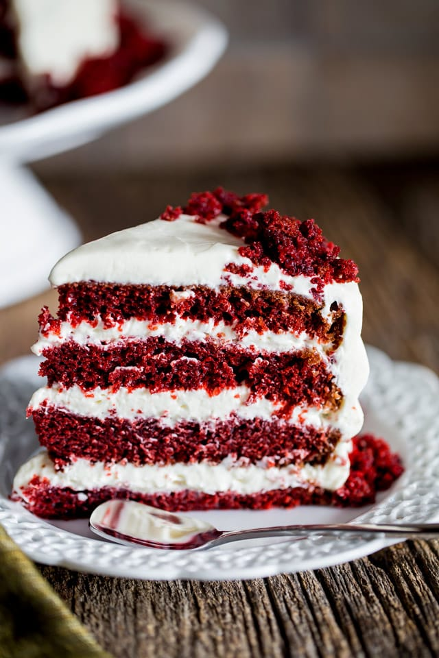 Red Velvet Cake with Cream Cheese Frosting - this super moist and ...