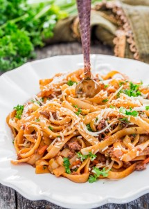 one-pot-fettuccine-with-beef-ragu-1-3
