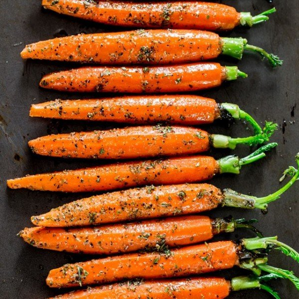 overhead shot of garlic herb roasted carrots