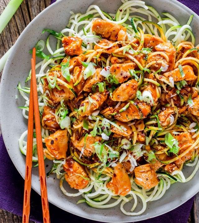sriracha-chicken-zoodle-lo-mein-1