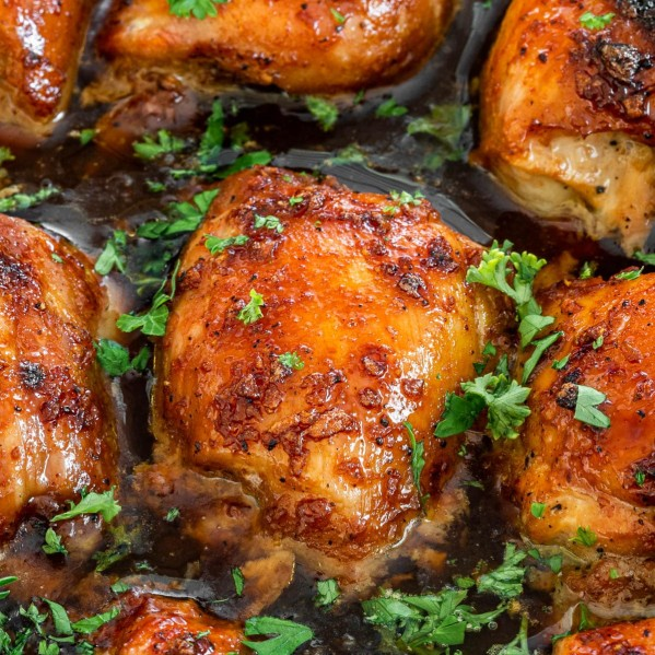 close up shot of brown sugar garlic chicken thighs