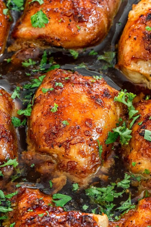 close up shot of brown sugar garlic chicken thighs