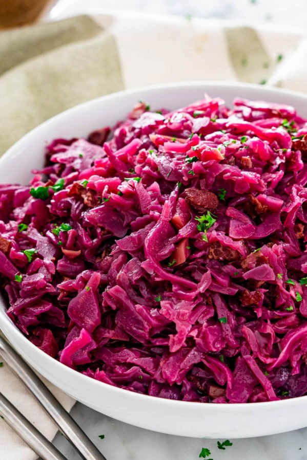 side view shot of German red cabbage in a large serving bowl